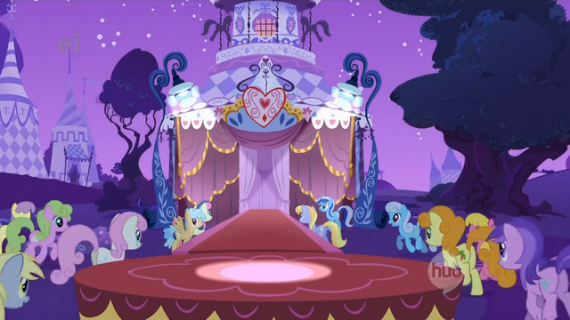 File:Ponies gather for the fashion show S1E14.png