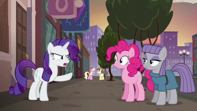 """File:Rarity """"have to get you both something amazing"""" S6E3.png"""
