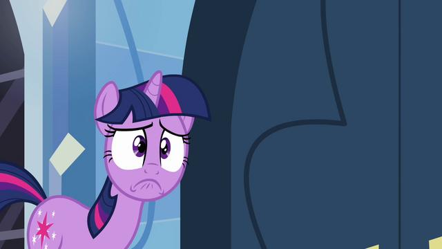 File:Twilight nervous pout S03E12.png