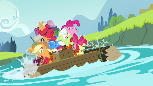 File:Apple family panicking S4E09.png