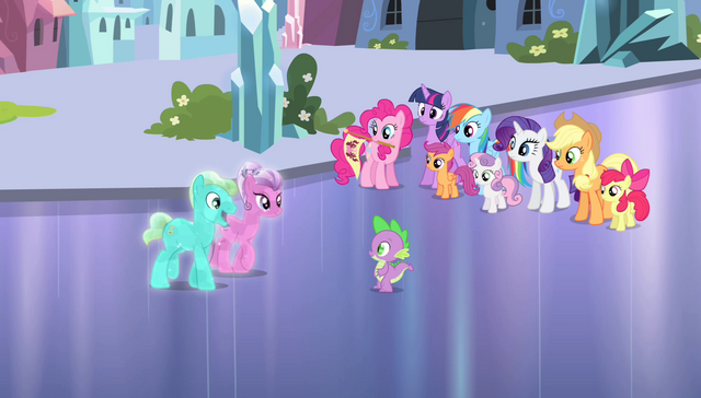 File:Crystal Ponies approaching Spike S4E24.png