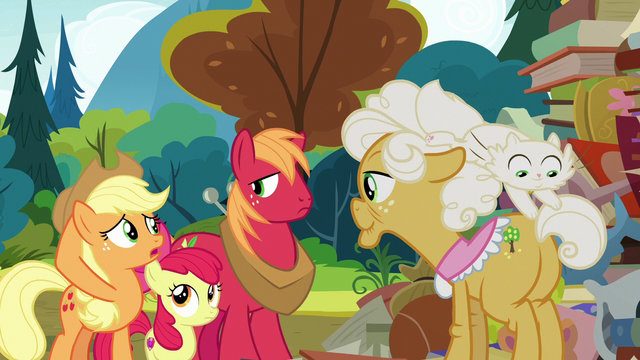 File:Applejack asking Goldie Delicious S7E13.png