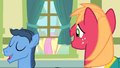 Big Mac looking at Fluttershy S4E14.png