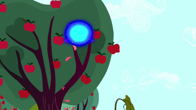 File:Blue sphere of light in an apple tree S5E13.png