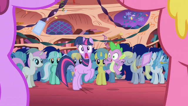 File:Twilight is startled S1E1.png