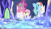 Twilight levitates Spike off the map S5E1