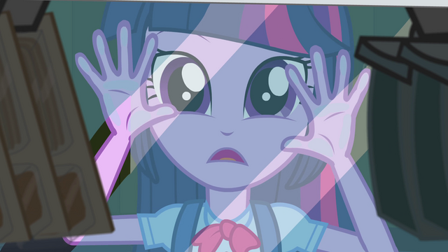 File:Twilight pressing hands against vending machine EG.png