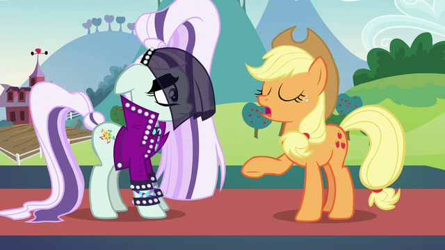"File:Applejack ""doesn't give a pickled pippin"" S5E24.png"