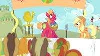 Big Mac inhales S4E14