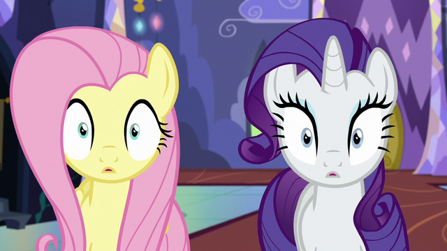 File:Fluttershy and Rarity blinking S6E21.png