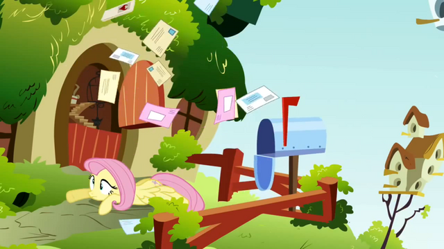 File:Fluttershy mail S02E19.png