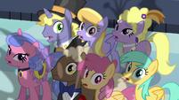 Ponies afraid of Queen Chrysalis S2E26