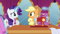 Rarity steps in to help S03E13