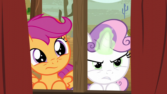 File:Sweetie Belle concentrating her magic S5E6.png