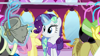Rarity suggests a headless pony costume S5E21