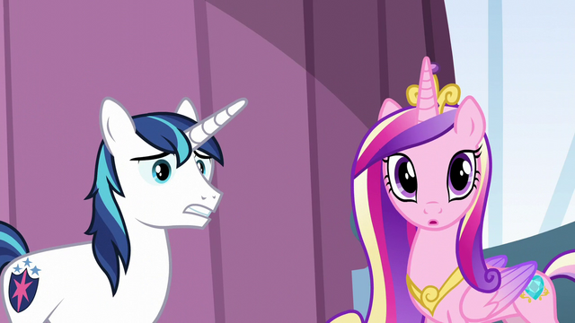 File:Shining Armor and Cadance hear Twilight's voice S6E1.png