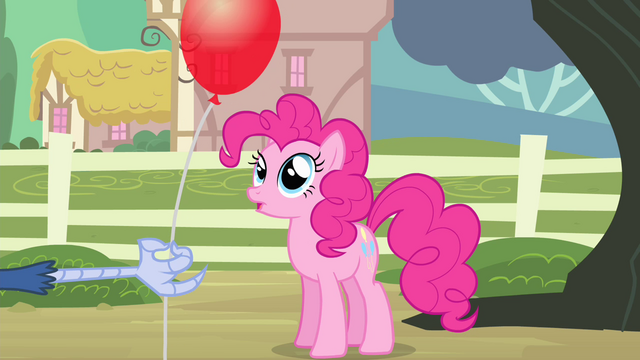 File:Pinkie sees balloon S4E11.png