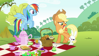 Applejack stops Angel from taking muffins S4E18