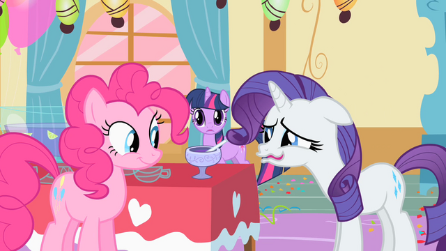 File:Rarity is pretty disgusted S01E25.png