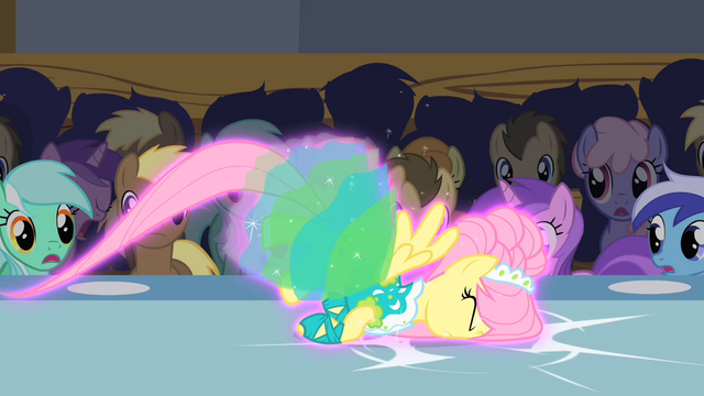 File:Fluttershy trips S1E20.png
