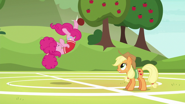 File:Pinkie bucks the ball with a flipping kick S6E18.png