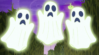 Glowing ghosts appear before main cast S5E21