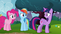 Twilight smiling S4E26