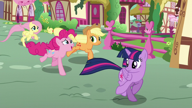 """File:Pinkie Pie """"Maybe she won't read the article"""" S6E9.png"""
