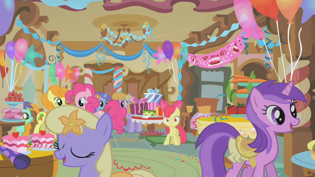 File:Apple Bloom at the party S01E12.png