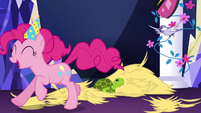 Pinkie Pie enjoying the mayhem S5E3