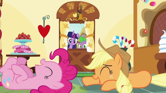File:Twilight and Spike see Applejack and Pinkie laughing S5E22.png