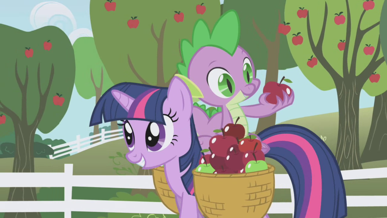 Spike looking at another apple S01E03