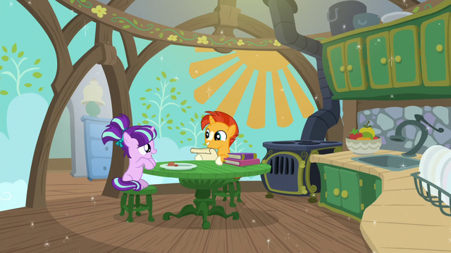 File:Sunburst and Starlight in a spotless kitchen S6E1.png