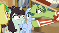 "Barker pony ""you've never seen anything like it"" S6E20.png"