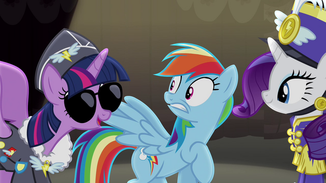 "File:Twilight ""Look at us"" S4E21.png"