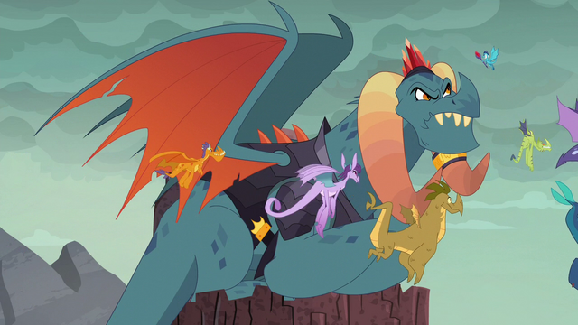 File:Torch watches Ember return S6E5.png