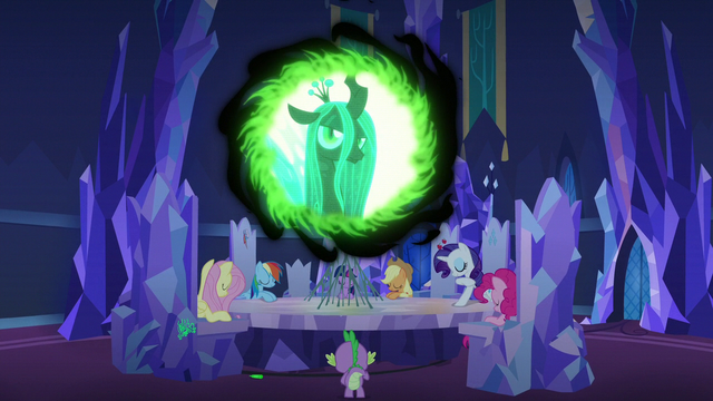 File:Queen Chrysalis appears in the communication window S6E25.png