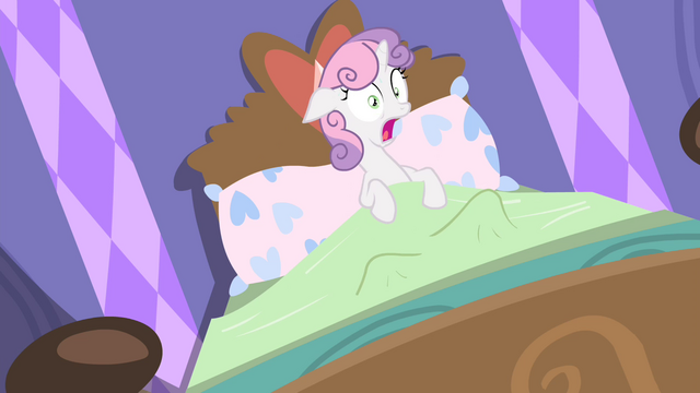 File:Sweetie Belle waking up S4E19.png
