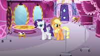 Rarity pointing at spot for Inky Rose's clothes S7E9