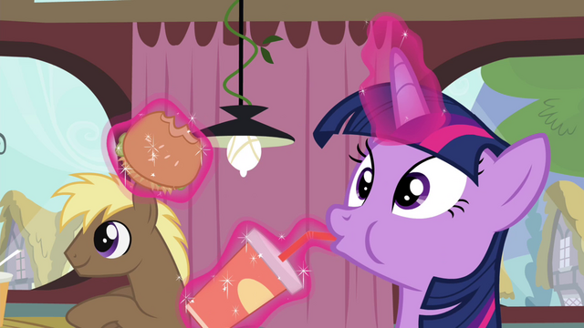 File:Twilight hears Pinkie S4E15.png