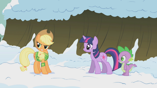 File:Twilight and Spike check in on Applejack S1E11.png