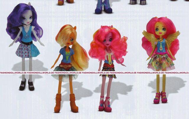 File:Friendship Games School Spirit Wondercolts dolls.jpg