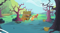 Applejack and Big McIntosh on the farm S2E12