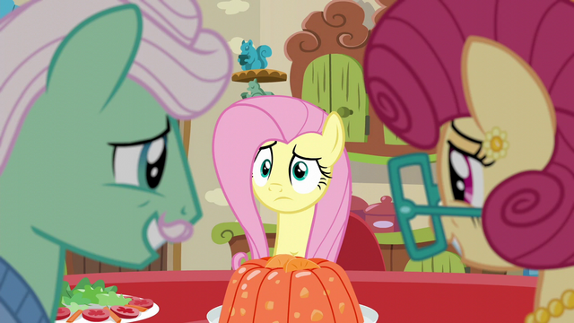 File:Fluttershy confused S6E11.png