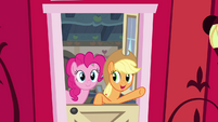 "Applejack ""smell that sweet Apple air"" S4E09"
