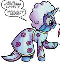 Comic issue 22 Trixie Manehattan disguise
