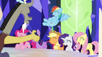Discord trying to get the ponies' attention S5E22