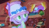 Spike telling Twilight to lighten up S1E01