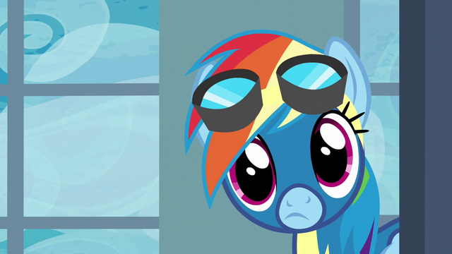 File:Rainbow looking into the locker room S6E7.png