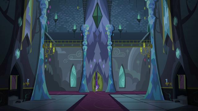 File:Starlight entering the darkened Castle of Friendship S6E25.png